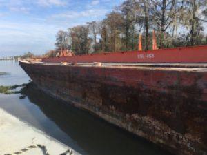 B-1010 – 236′ Steel Tank Barge