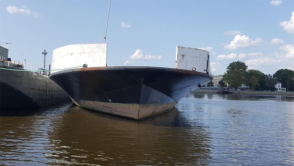 B-1017 Steel Deck Barge